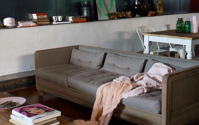 wohnung einrichten vintage stil charme und gem tlichkeit. Black Bedroom Furniture Sets. Home Design Ideas
